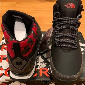 The North Face Back-To-Berkeley Mid Animal 1 boots